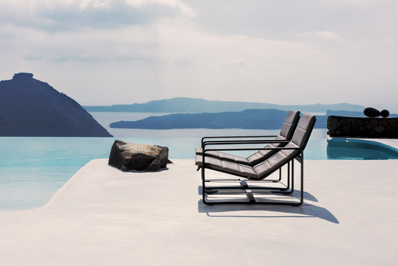 Neutra Adjustable Lounger by Tribù