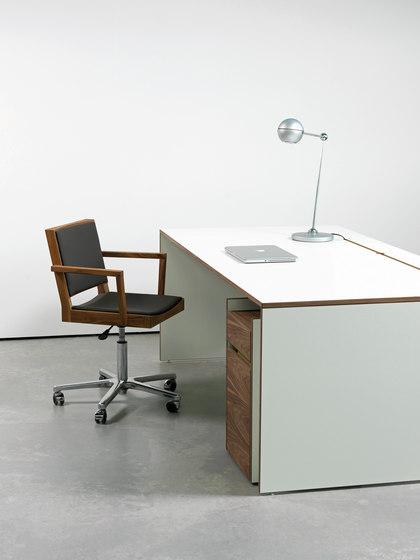 OS-F | A-NB Desk by OLIVER CONRAD