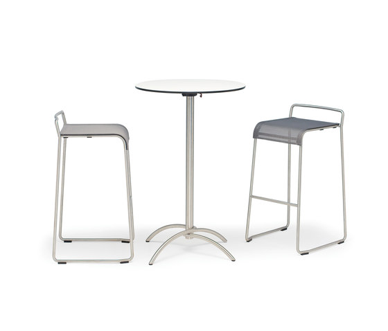 Taku side table de Fischer Möbel