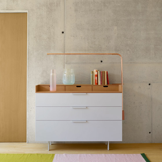 Everywhere | Chest Of Drawers 4 Drawers  / Lacquers - Price A - / Lacquers by Ligne Roset