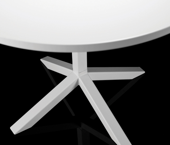 Funk Table by Lammhults