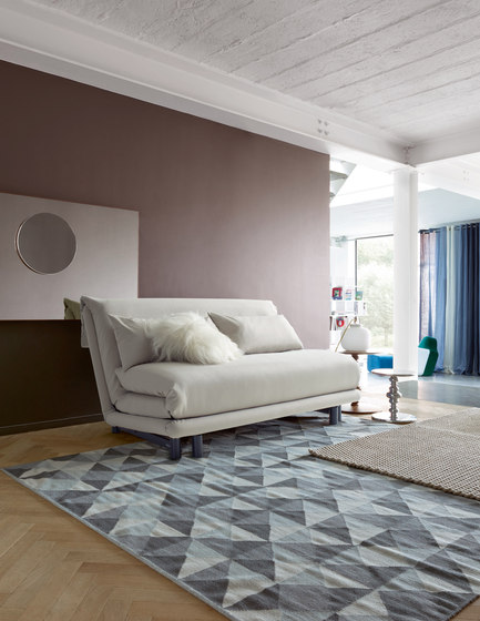 Multy | Bedsettee 155 Without Arms With Lumbar Cushions by Ligne Roset