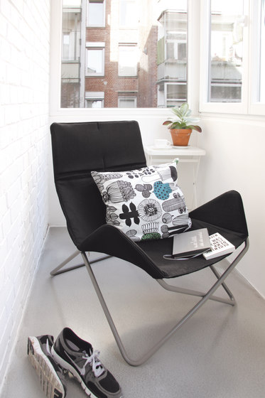 In-Out Mini Outdoor kid's chair de Richard Lampert