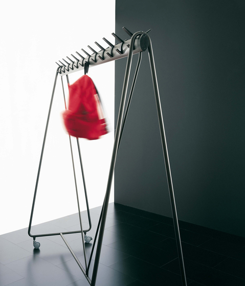 Ellipse coat-hanger by Segis