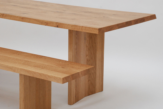 sosta Table by tossa