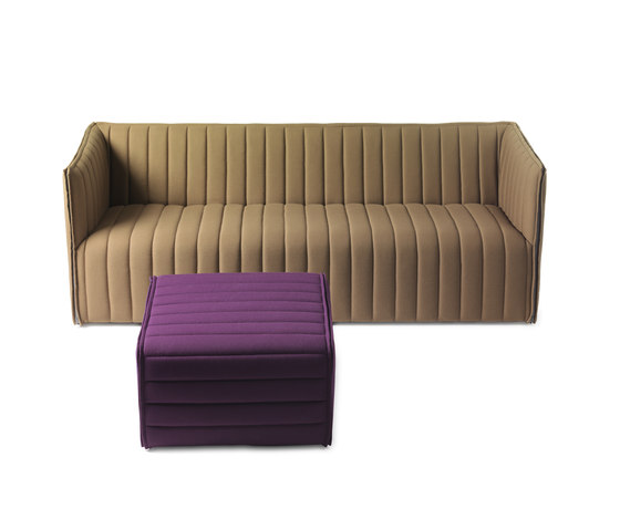 Kvilt stool poufs from g rsn s architonic for Sofa stool design