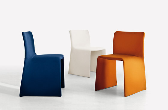 Glove Chair by Molteni & C