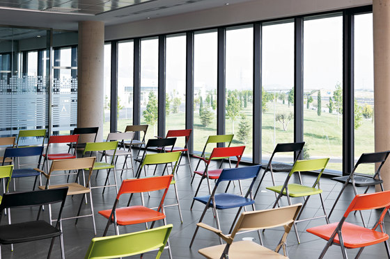 Plek Chair by actiu
