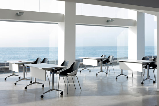 Viva Chair by actiu