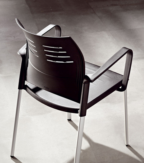 Spacio chair by actiu