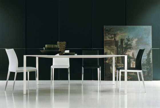 Less by Molteni & C