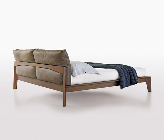 Wish double beds by molteni c architonic - Letto wish molteni ...