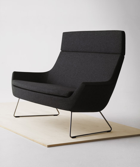 Happy easy chair low back by Swedese