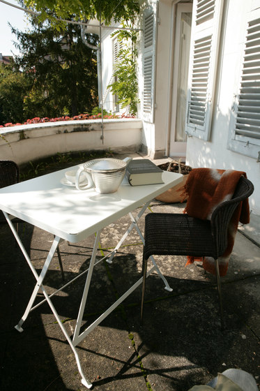 Flip balcony and dining table di Lampert