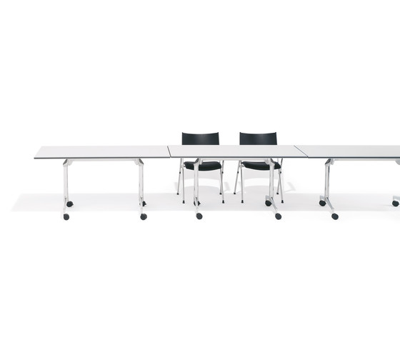 9000/6 Roll`n`meet table by Kusch+Co