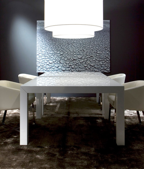 McQueen Dining table by Meridiani