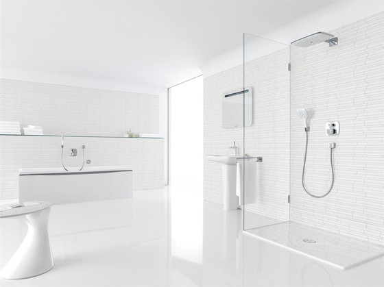 Hansgrohe PuraVida iControl mobile Electronic Shut-off and Diverter Valve DN20 for concealed installation by Hansgrohe