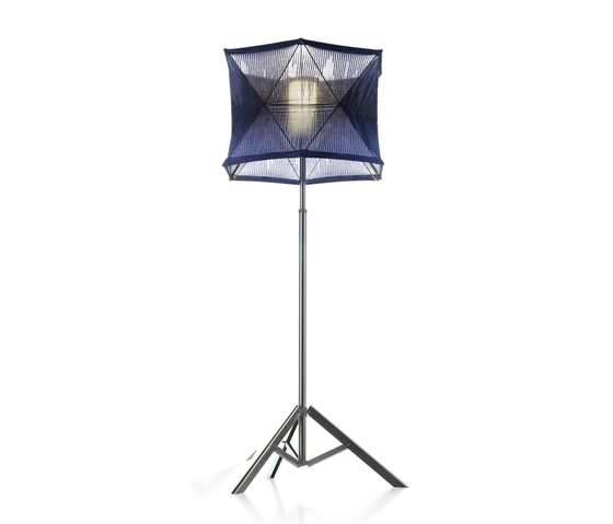 Tri-p Floor lamp by Foscarini