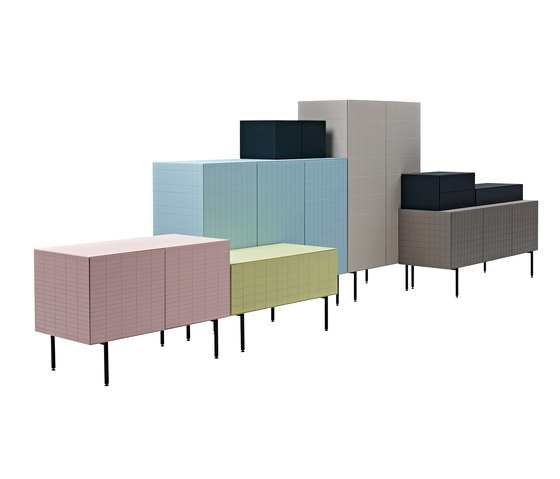 Toshi Lay-on Cabinet de Casamania