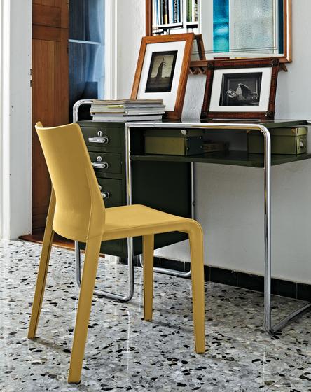 Lisbona chair by Desalto