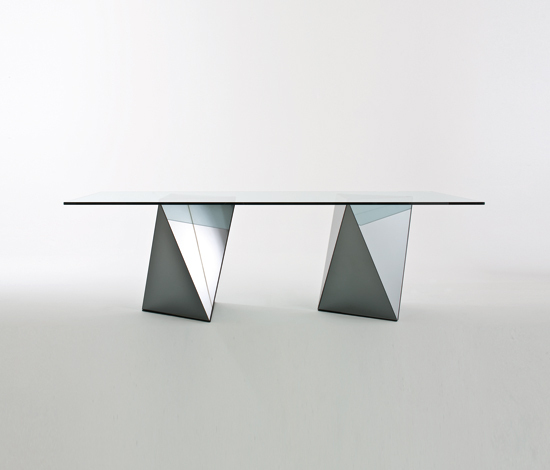 Yanin by Gallotti&Radice