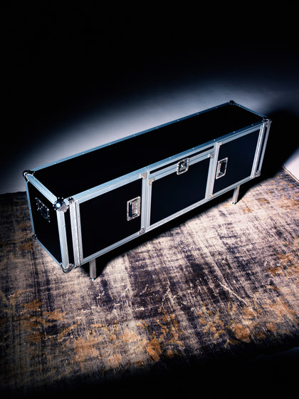 Total Flightcase by Diesel by Moroso
