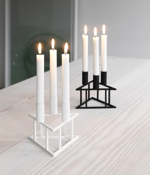 Triangle Black by by Lassen