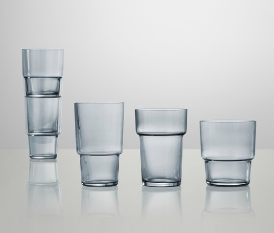 Same Same But Different Glass by Muuto