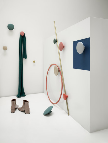 Dots Wood by Muuto