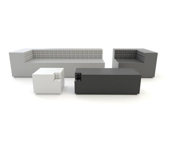 Minimal+ twin sofa di JSPR
