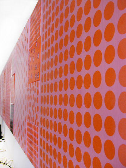 moveable wallpaper dots 1 de Nina Levett