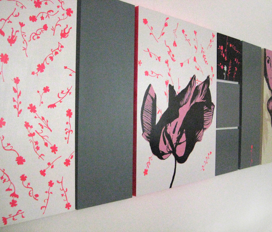 moveable wallpaper flowers  2 von Nina Levett