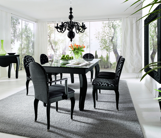 Opéra Dining Table by Accente