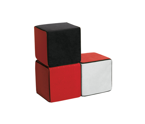 Click Upholstered cube de die Collection