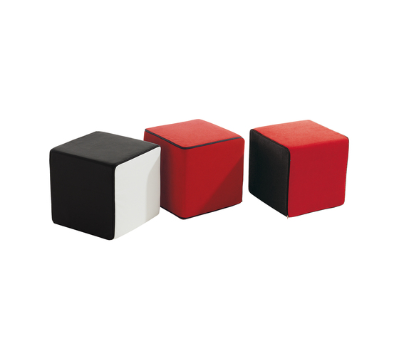 Click Upholstered cube by die Collection