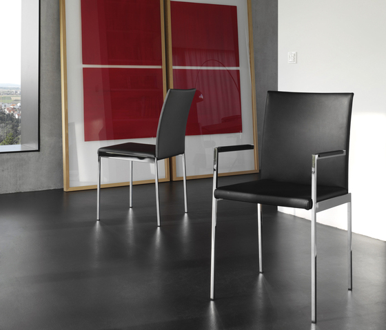 Olly 4 Chair di die Collection