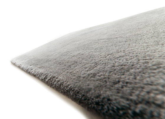 Studio NYC Wool Edition deep graphite von kymo