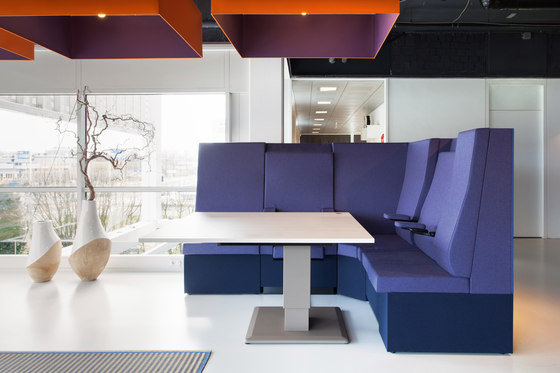 Ahrend 750 lounge by Ahrend