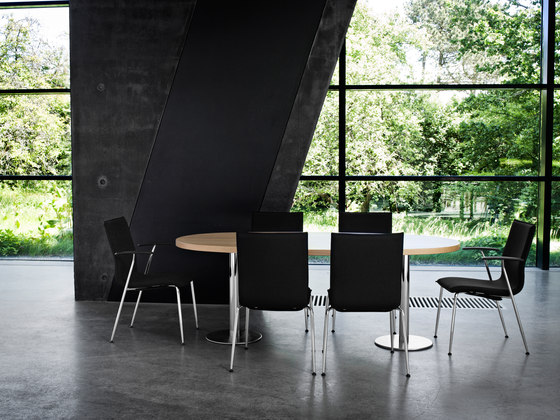 Tonica chair de Magnus Olesen