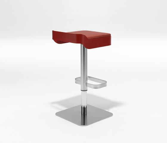 Belt Swivel stool Bar stools by Area Declic Architonic : Beltred3b from www.architonic.com size 560 x 479 jpeg 58kB