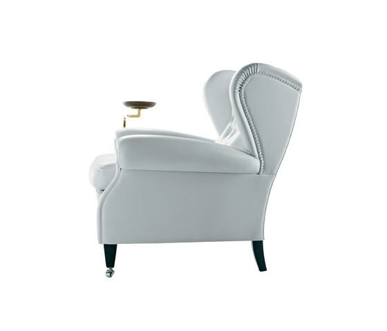 1919 by poltrona frau product. Black Bedroom Furniture Sets. Home Design Ideas