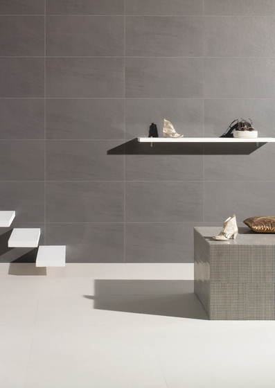 Stone System Paralel 45x90cm Crema by Saloni