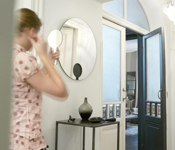 Mirror Mirror de Functionals