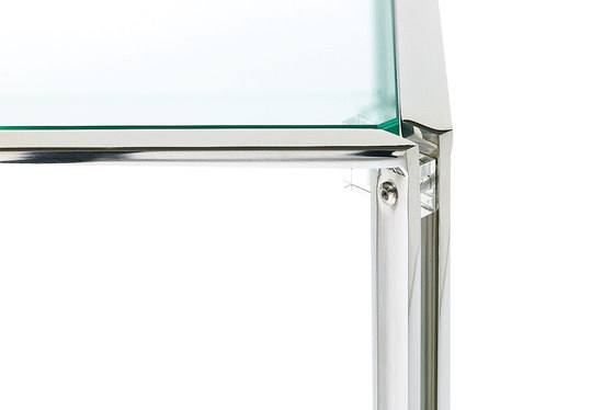 Embassy T10 Side table by Ghyczy