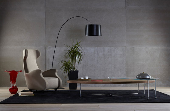 Amoroso Armchair de Koleksiyon Furniture