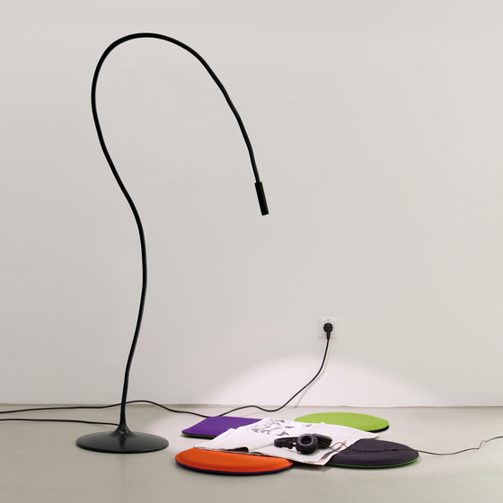 Snaker | Floor Lamp by Vertigo Bird