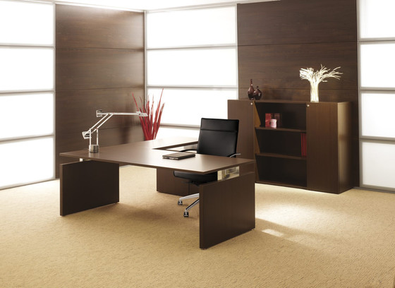 Essence.2 desk di Haworth