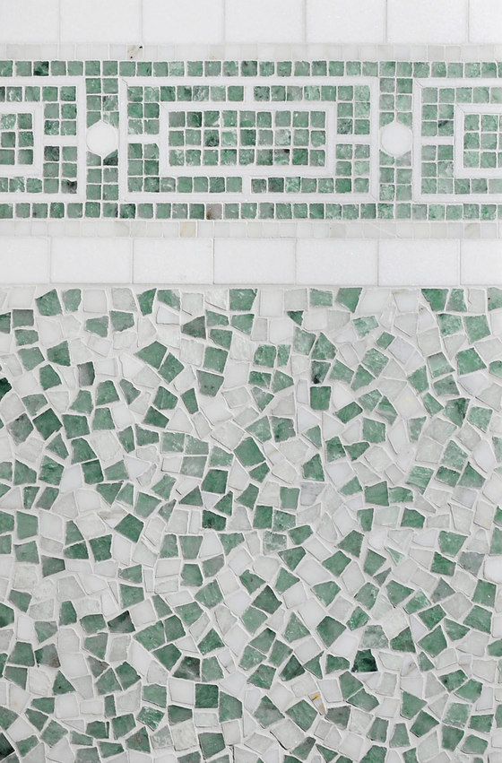 Mosaic Masterworks Cosmos Field di Complete Tile Collection