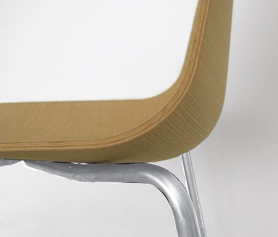 3D-Chair 781 LW* by PEDRALI