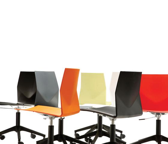Four Cast Wheeler/Inno®tab di Four Design